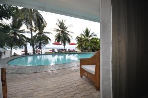 Robinland Vacation Home, Villas  Badian - big - 45