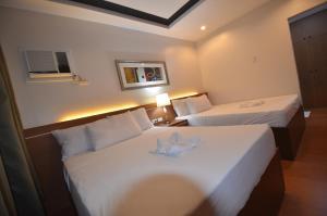 Robinland Vacation Home, Villas  Badian - big - 4