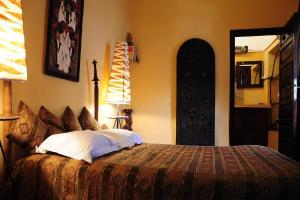 Tan Tan (Double Room)