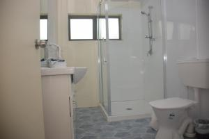 Avana Waterfront Apartments, Apartmanok  Rarotonga - big - 3