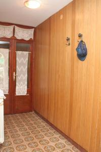 Apartment Sreser 4557b, Apartments  Janjina - big - 8