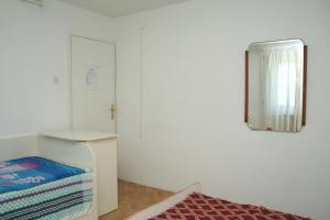 Apartment Sreser 4557b, Apartments  Janjina - big - 13