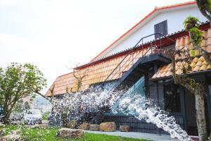 The Tiles Garden Yilan B&B, Magánszobák  Tungsan - big - 31