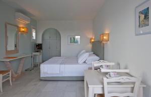Ammos Naxos Exclusive Apartments & Studios, Aparthotels  Naxos Chora - big - 77