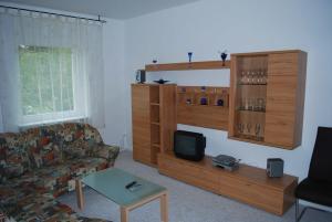 Wohnung Malchow - [#65845], Apartments  Borkow - big - 17
