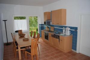 Wohnung Malchow - [#65845], Apartments  Borkow - big - 10