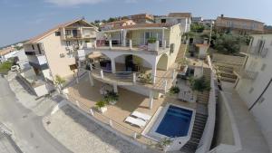 Apartments Tunjic