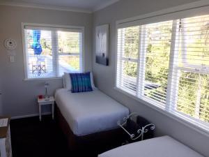 Kiwi House Waiheke, Bed & Breakfast  Oneroa - big - 6