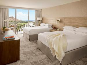 Diamond Head Ocean View Room with Two Queen Beds