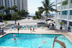 Pelican Pointe Hotel, Motely  Clearwater Beach - big - 39