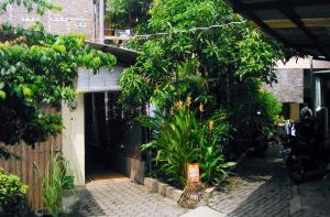 Kost Semarang Peterongan Timur, Penzióny  Semarang - big - 12