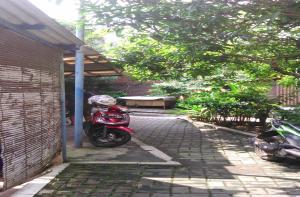 Kost Semarang Peterongan Timur, Penzióny  Semarang - big - 23