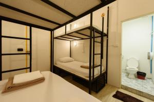 Ensuite 4-Bed Female Dormitory Room