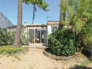 Two-Bedroom Holiday Home in La Tranche sur Mer, Ferienhäuser  La Tranche-sur-Mer - big - 9