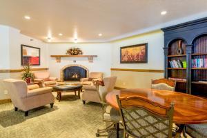 2315 Apres Ski Way Condo Unit 215 Condo - Apartment - Steamboat