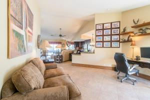 77455 Evening Star Circle Home Home, Nyaralók  Indian Wells - big - 11