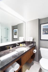 DoubleTree by Hilton Hotel & Suites Victoria, Hotels  Victoria - big - 10