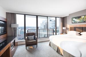 DoubleTree by Hilton Hotel & Suites Victoria, Hotels  Victoria - big - 12