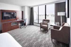 DoubleTree by Hilton Hotel & Suites Victoria, Hotels  Victoria - big - 17