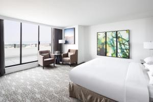 DoubleTree by Hilton Hotel & Suites Victoria, Hotels  Victoria - big - 7