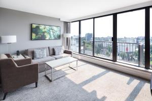 DoubleTree by Hilton Hotel & Suites Victoria, Hotels  Victoria - big - 26