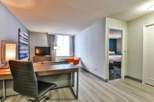 Radisson Suites Hotel Toronto Airport, Szállodák  Toronto - big - 6