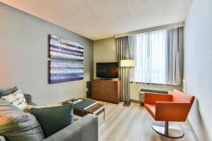 Radisson Suites Hotel Toronto Airport, Szállodák  Toronto - big - 4