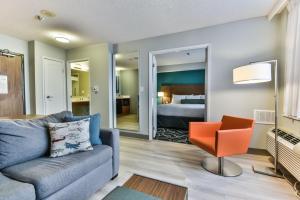 Radisson Suites Hotel Toronto Airport, Szállodák  Toronto - big - 3