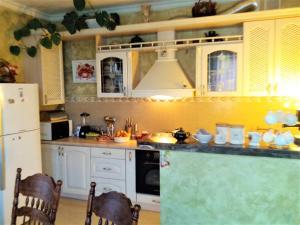 Angela Guest House, Гостевые дома  Чубинское - big - 10