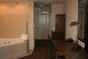 Hilton Garden Inn Charlotte/Concord, Hotels  Concord - big - 16