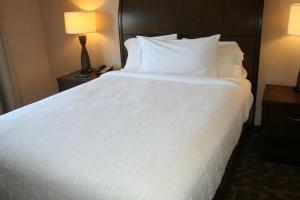 Hilton Garden Inn Charlotte/Concord, Hotels  Concord - big - 19