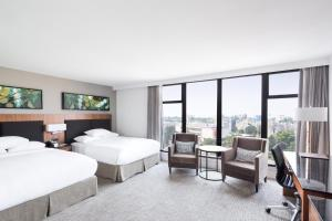 DoubleTree by Hilton Hotel & Suites Victoria, Hotels  Victoria - big - 18