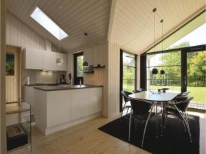 Four-Bedroom Holiday Home in Farevejle, Nyaralók  Fårevejle - big - 20