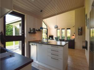 Four-Bedroom Holiday Home in Farevejle, Nyaralók  Fårevejle - big - 19