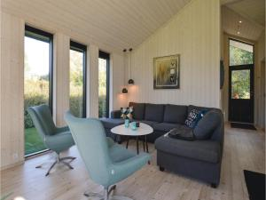 Four-Bedroom Holiday Home in Farevejle, Nyaralók  Fårevejle - big - 5