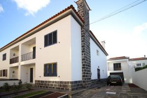 pdl house garden, Holiday homes  Ponta Delgada - big - 1