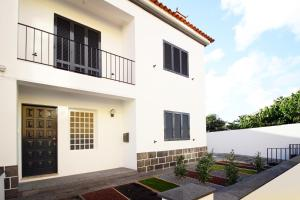 pdl house garden, Holiday homes  Ponta Delgada - big - 31