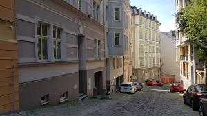 Apartment Moravská, Apartments  Karlovy Vary - big - 19