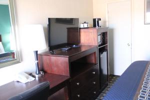 Budget Inn, Motels  Alamogordo - big - 20