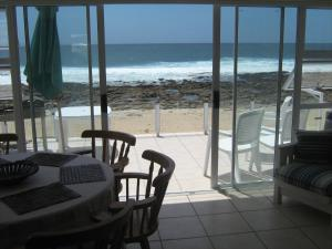 1 Point Village Guesthouse & Holiday Cottages, Apartmanok  Mossel Bay - big - 59