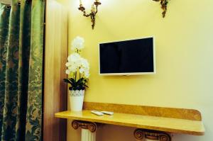 Impero Vaticano Suites Guest House, Bed & Breakfasts  Rom - big - 22