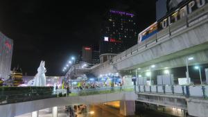 Siam Square House, Гостевые дома  Бангкок - big - 42