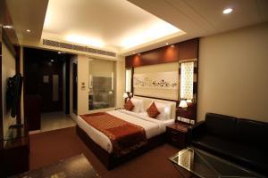 Hotel Golden Grand, Hotels  New Delhi - big - 16