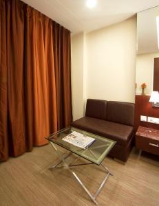 Hotel Golden Grand, Hotels  New Delhi - big - 3