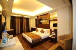 Hotel Golden Grand, Hotels  New Delhi - big - 13
