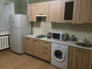 Apartment on Shustova 4