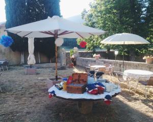 Chambre d'hotes - Ferme de Chanteraine, Bed and breakfasts  Aiguines - big - 11