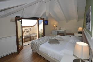 Hotel Garni Corona, Отели  Менаджо - big - 22