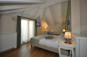 Hotel Garni Corona, Отели  Менаджо - big - 25
