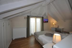Hotel Garni Corona, Отели  Менаджо - big - 26